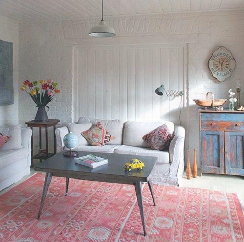 sofa casa de campo y alfombra kilim