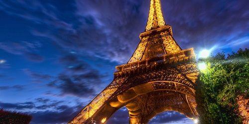 torre-eiffel-en-la-noche-