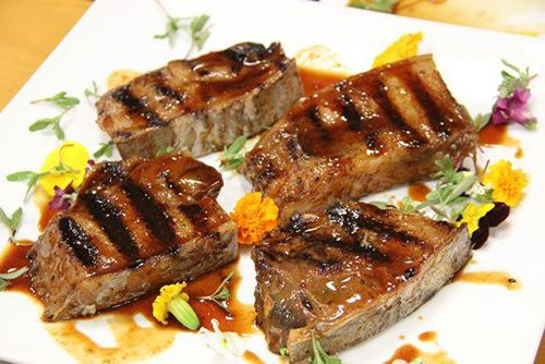 comida plato restaurante yugo the bunker