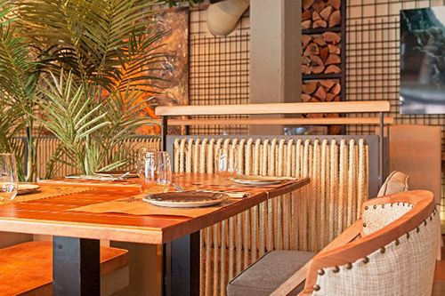 mesa decoracion interior marieta restaurante madrid