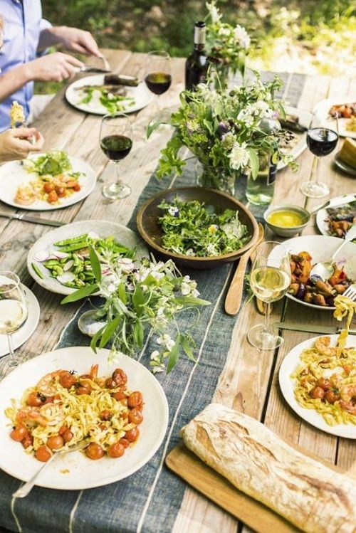 Celebrating the simple things at a summer dinner party with friends and Ecco Domani wines, shot by Jamie Beck of Ann Street Studio