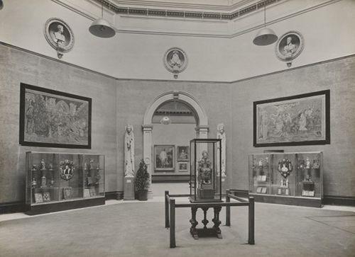 royal academy of arts vintage londres