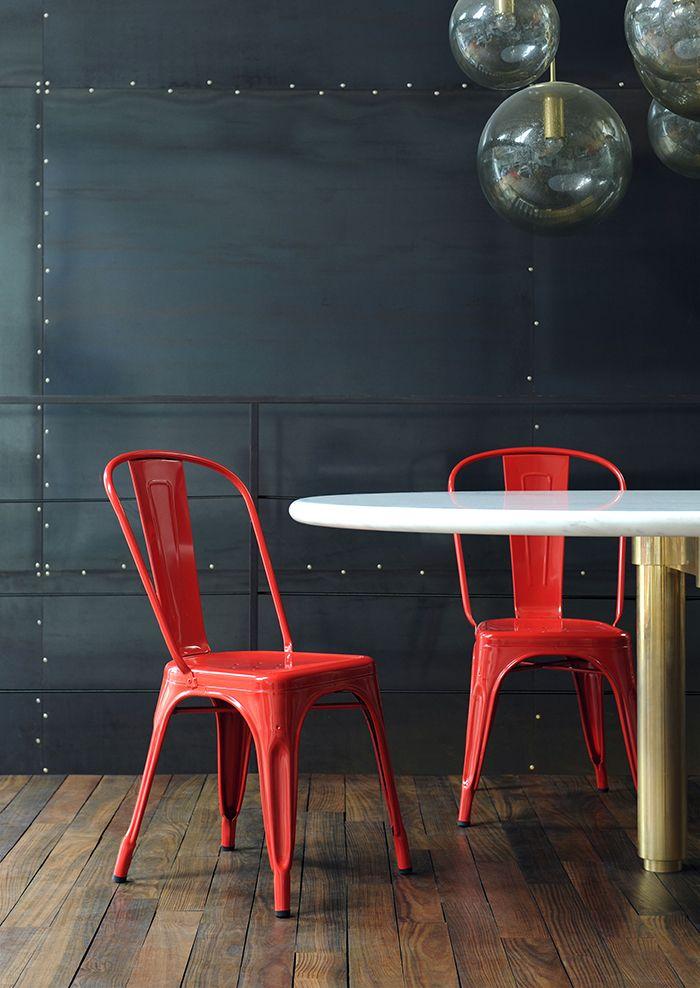 silla tolix roja de xavier pauchard apilable de acero galvanizado con diseno retro industrial