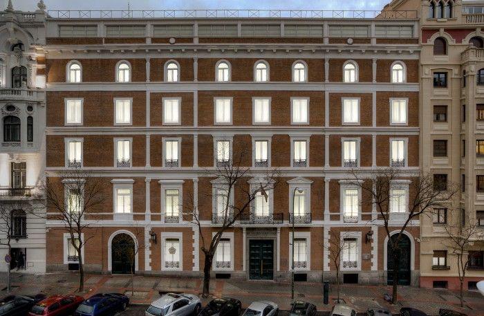 exterior del museo nacional de artes decorativas españa español madrid
