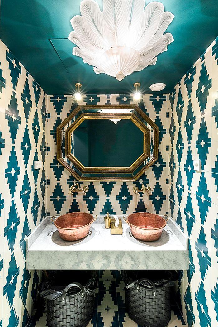 detalle baño restaurante oriental hindu en madrid