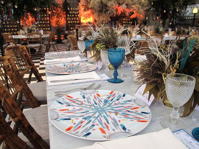 mesa decorada vajilla vista alegre