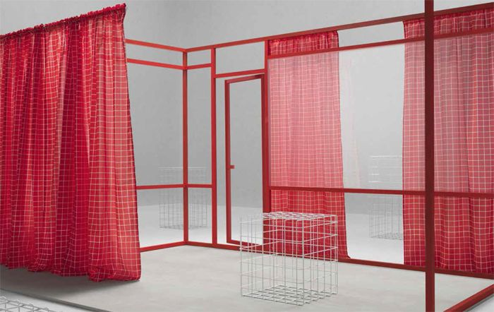 cortinas rojas traslucidas ikea