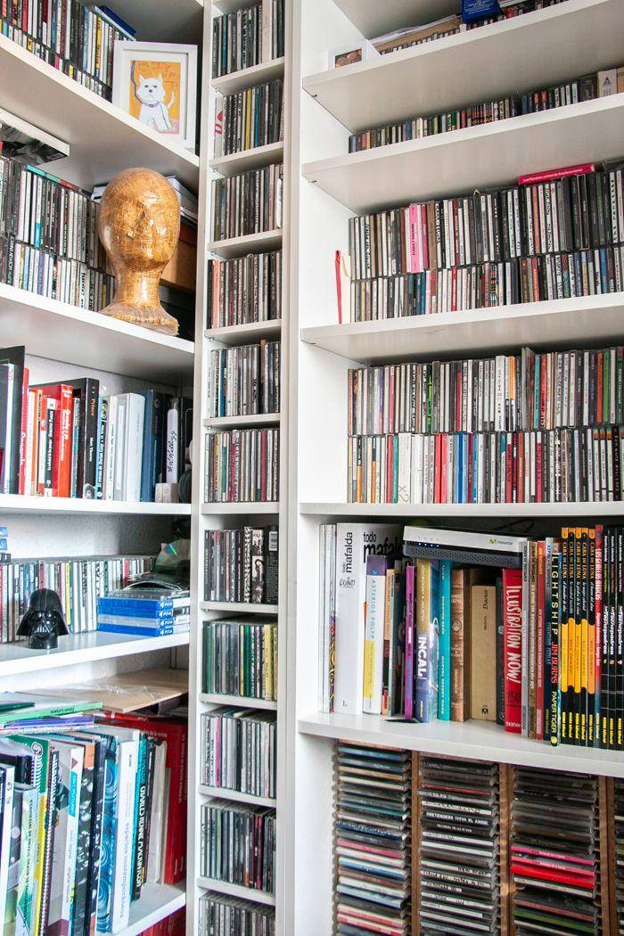 coleccion cine y literatura estanteria blanca