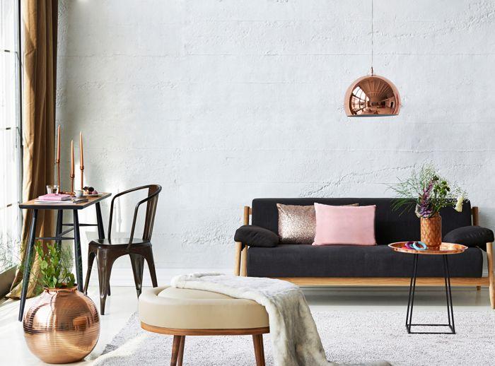 salon nordico con sofa negro