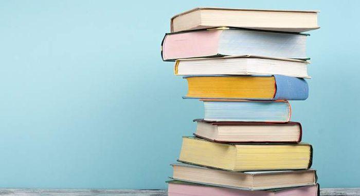 pila de libros liber