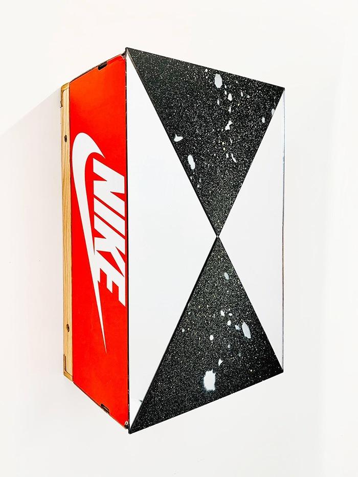 caja de zapatillas nike arte contemporaneo