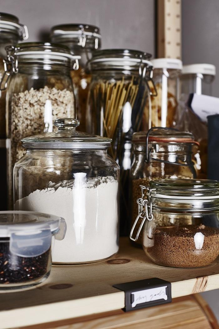 ideas para organizar tu despensa legumbres en botes