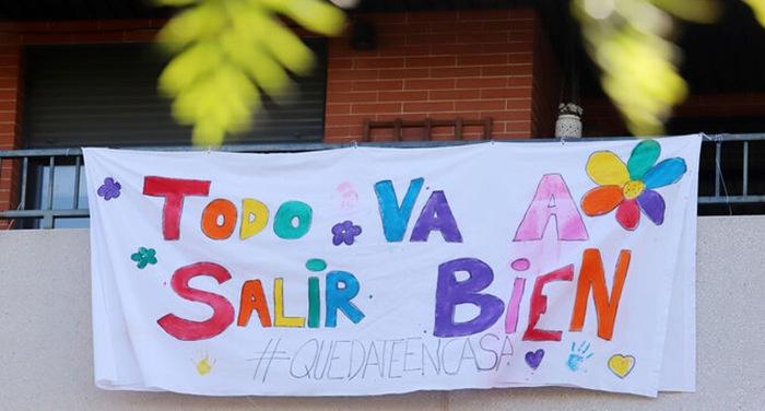 cartel colorido niños ventana