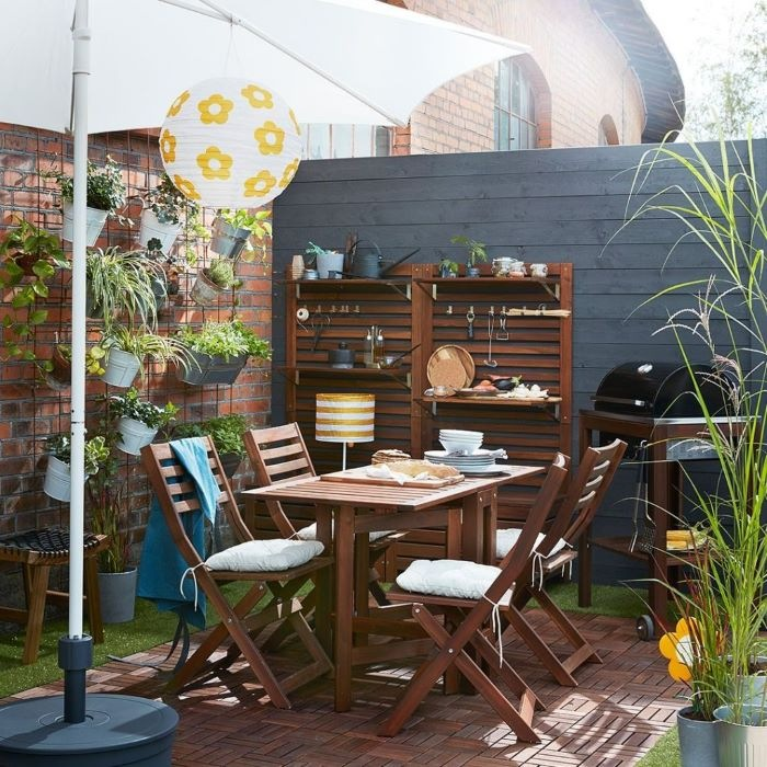 Terraza Chill Out con muebles de maderas