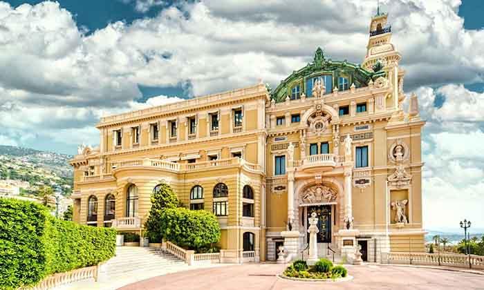 Casino de Montecarlo, belleza y glamour a partes iguales