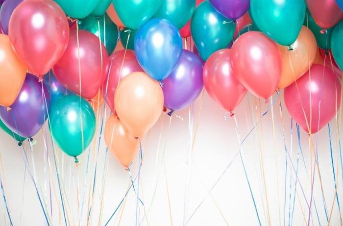 Estas Navidades, anímate a decorar tu hogar o negocio con globos de helio