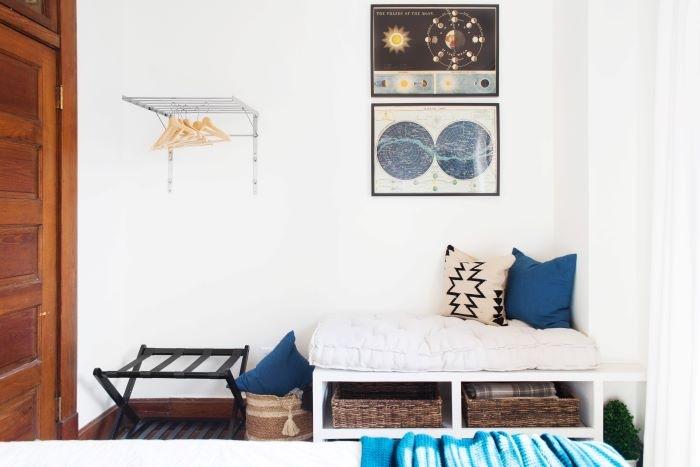 Alojamiento Airbnb para largas estancias con accesorios como mantas