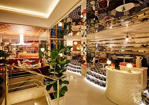restaurante sushita interior