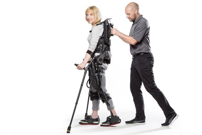 Ekso NR Bionics productos Rebiotex para Rehabilitación