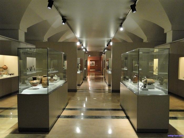 Sala interior del Museo de América en Madrid