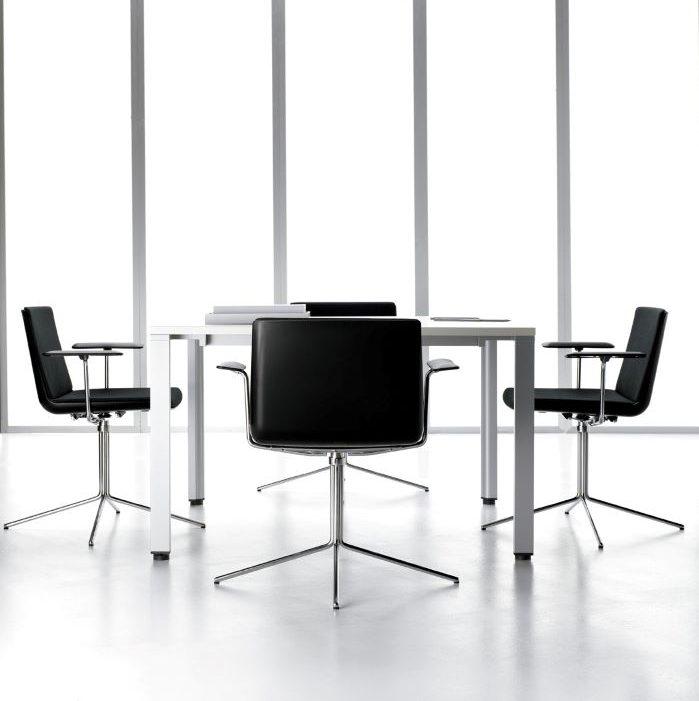 Sillas-de-oficina-de-diseno-para-reunion color negro