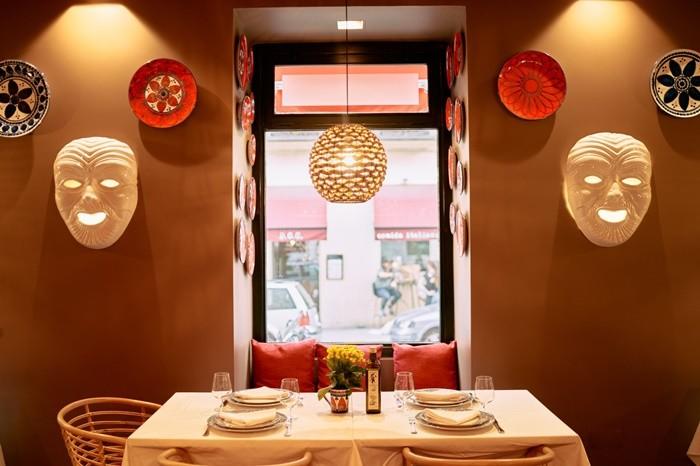 mesa comedor luz ventana