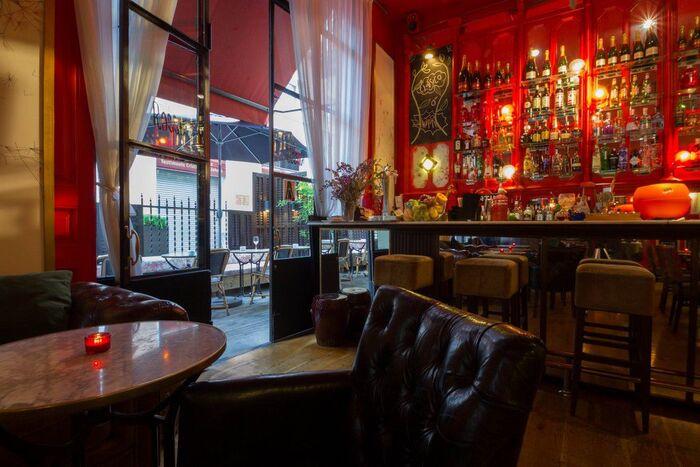 ambiente y decoracion bar Rosso del Hotel Market de Barcelona