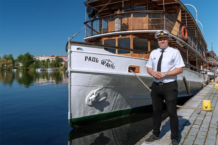 cruceros lujo seguros