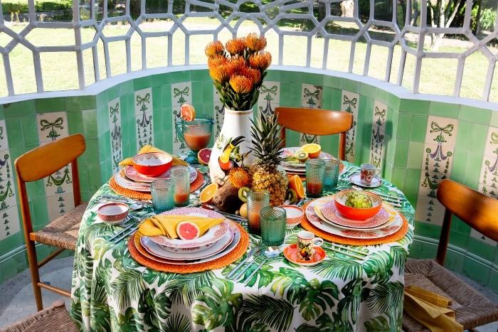 Todo lo que necesitas para conseguir una decoración de mesa veraniega