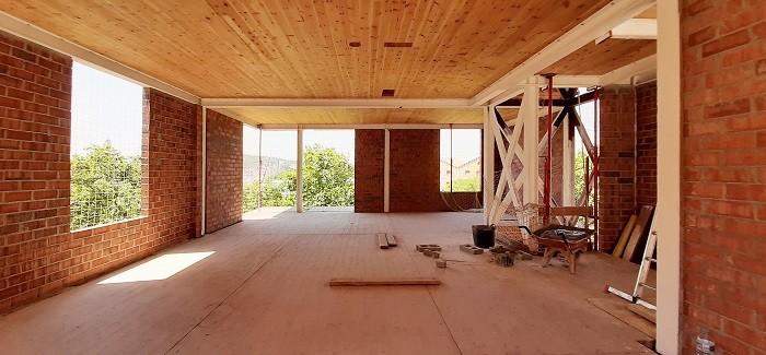 Interior de las viviendas de La Xarxaire en obras