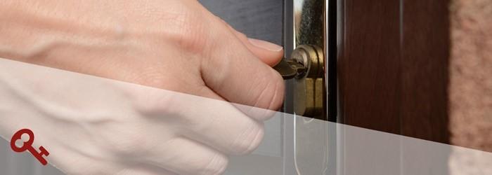 llave cerradura puerta