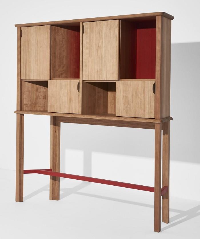Mueble studiolo de madera en dos colores