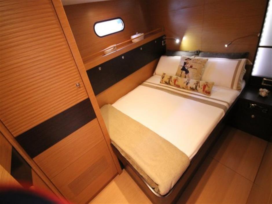 Sailing Yacht 3M Di-Noc Architectural Film Installation