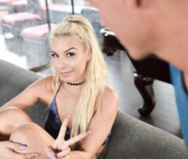 Porn Young Pussy Blonde Girl