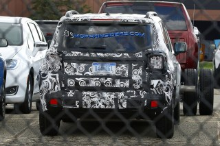 2019 Jeep Renegade Latitude Prototype (Real Fast Fotography)