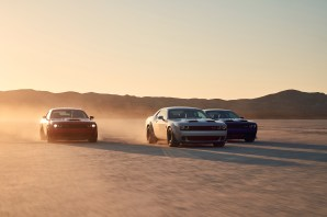 2019 Dodge Challenger R/T Scat Pack Widebody, SRT HELLCAT Redeye Widebody, SRT HELLCAT Widebody (from left to right) (FCA US Photo)