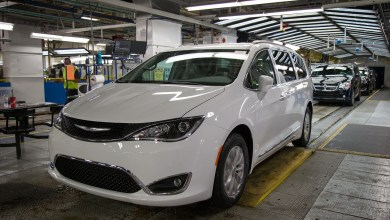 Photo of Windsor Assembly Plant Faces 1,500 Layoffs Starting In September: