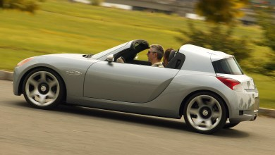 Photo of Inside Design: 2004 Dodge Sling Shot Concept:
