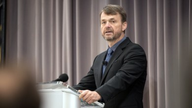 Photo of FCA CEO Mike Manley Announces Management Changes: