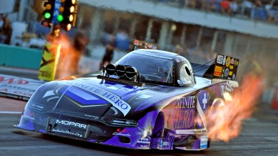 Photo of Beckman Triumphs In All-Mopar Dodge//SRT Funny Car Final At Brainerd: