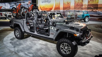 Photo of Mopar-Modified 2020 Jeep Gladiator Rubicon Shows Off New Mopar Goodies:
