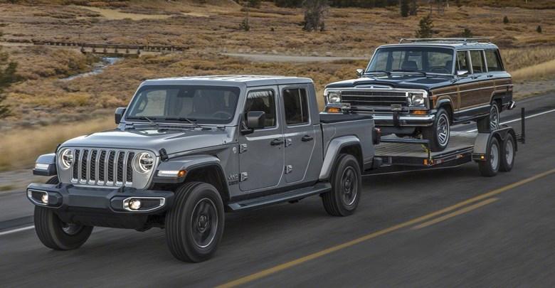 Meet The 2019 Jeep® Gladiator Pickup Truck:   Mopar ...