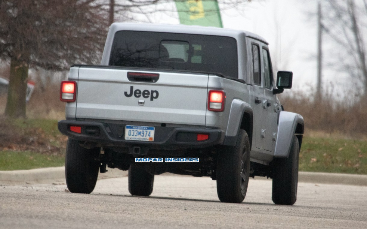 CAUGHT: 2020 Jeep Gladiator Sport S Model Out Testing ...
