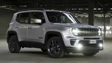 "Photo of Jeep® Renegade Wins French Magazine's ""Urban SUV of the Year"" Title:"