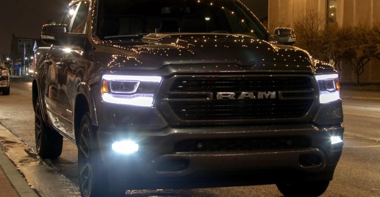 Photo of VIDEO: Long-Term 2019 Ram 1500 Laramie Sport – Uconnect Themes: