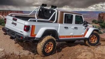 Jeep® JT Scrambler Concept. (Jeep®).