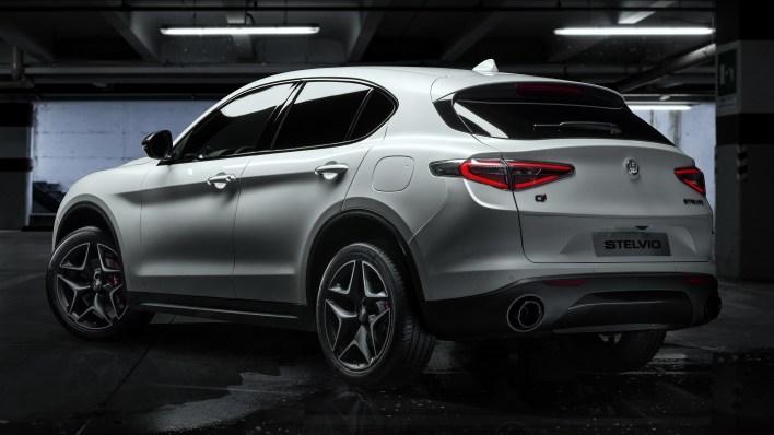 Alfa Romeo Stelvio Ti Sport Carbon Ordering Has Opened