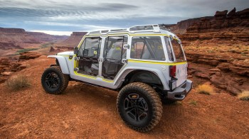 Jeep® Safari Concept. (Mopar).