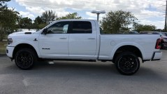 2019 Ram 2500 Laramie Night Edition Crew Cab 4x4. (University Dodge).