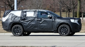 Jeep® Grand Cherokee Three-Row (WL75) Prototype. (MoparInsiders).